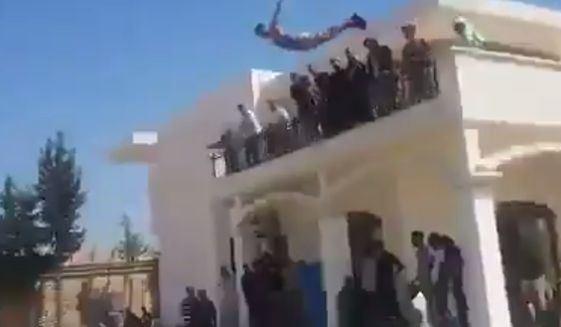 Party in US embassy reidents in Libya